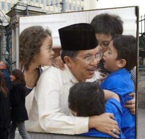 JK dengan Kerinduan Cucu-cucunya