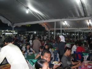 Suasana in door buka puasa bersama ramadhan fair